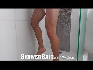 ShowerBait Str8 Zeus Michaels shower fucked by gay Michael DelRay
