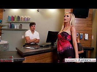 Busty blonde Nikki benz