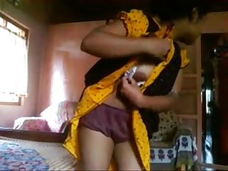 Indian bangla Desi Girl rima take A risk to showing bf flv