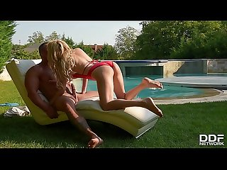 Big Tits Milf Amber Jayne Sucks Her Poolboy For Her daily Release