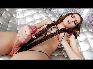 T-girl Vixxen Goddess masturbates