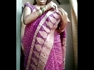 Gujrati milf Bhabhi once again removing saree nd take hot selfie fully naked
