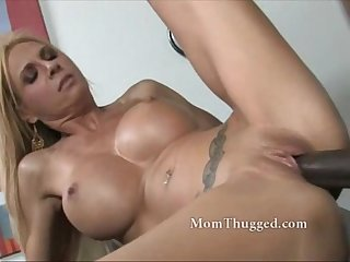 White milf seeks big black dick from real masculine figure