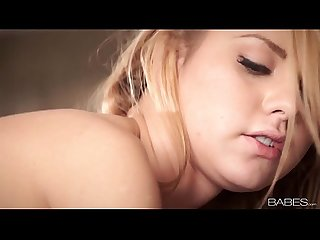 BABES.com - BREAKFAST AT JESSIE - Jessie Roge