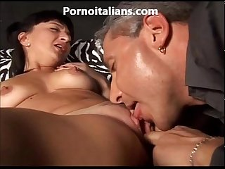 Italian mature oral sex and sex matura italiana sesso orale e chiavata