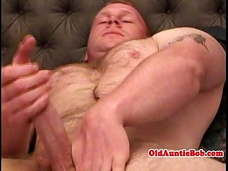 Gay Aunty queen jerking his dick