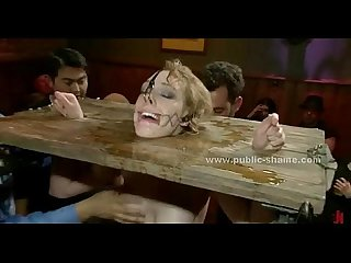 blonde Sex slave gebracht in öffentliche pub in EXTREME bondage Sex