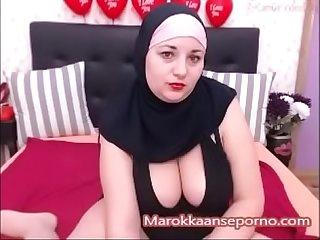 Dikke hoofddoekslet met lekkere kont marokkaanseporno period com