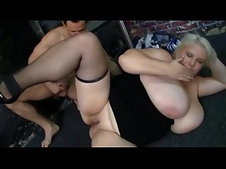 Plumper ho getting her slit pumped with cock