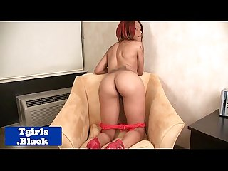Round booty ebony tranny fingers ass
