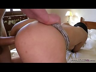 Portland amateur 21 yr old refugee in my hotel room for sex