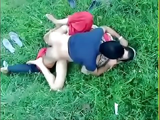 Desi girl sex in the park