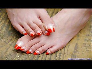 Sexy toes sexy feet sexy long toenails