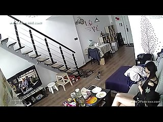 Hackers use the camera to remote monitoring of a lover S home life 29