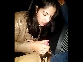 Desi nri girl sucking in car vn - XVIDEOS.COM.TS