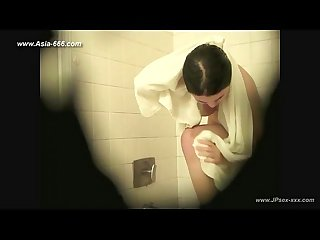 Peeping chinese girls bathing 3