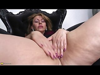 Hot milf masturbating is an art that involves experience xxxcamchickss com