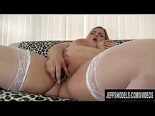 Blonde Plumper Babe Nikky Wilder Teases Her Pussy with a Dildo and Vibrator