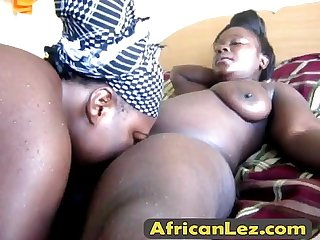 Black lesbians Binah & Kehinde fuck after taking a shower-alta