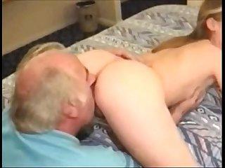 Nieta sexo con Su abuelo