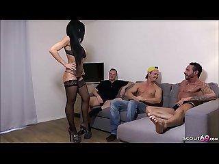 German milf geile deutsche milf beim gruppensex in sexy wsche und dp