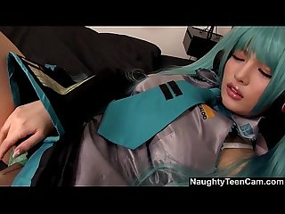 hatsune miku cosplayer masturbation