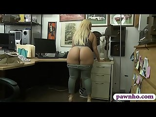 Bubble butt woman slammed by pawn dude