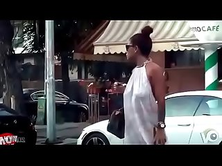 HOT STYLISH GIRL BRALESS BOOBS BOUNCING IN PUBLIC