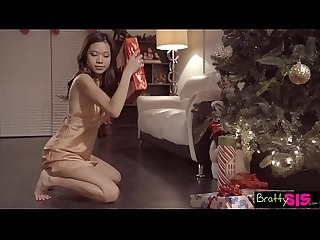 Bratty Sis - Dick In A Box Christmas Present By Pervy StepBro S7:E12