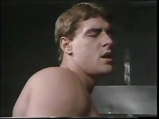 Jon Vincent Fucks Kevin Williams Pre-Condom 1988 The Look - www.thegay.webcam