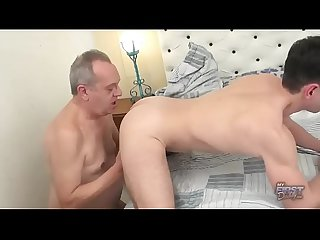 [O4M] Young guy love grandpa big cock