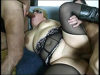 Fatty threesome hard sex