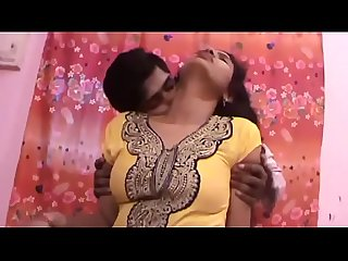 Hot indian aunty kissing with boyfriend